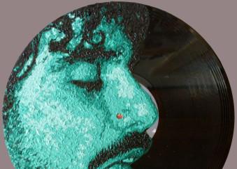 Olio su disco in vinile 45 giri - 2010